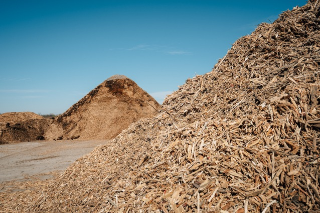 mulch made from recycled pallets