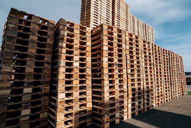 refurbished pallets in stack